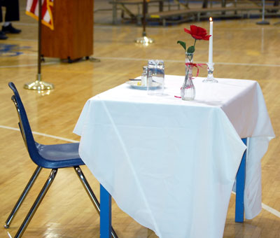 White Table Ceremony The Small That Symbolizes One Solru0027s Lonely Battle Against Many