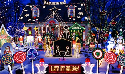 i told you this is the most tackiest christmas house everi hope this isnt your house if it is im very sorry - Tacky Christmas